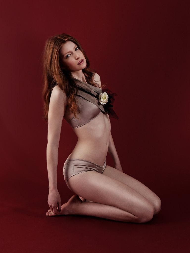SabineSkiba-rose-tinted-02.jpg
